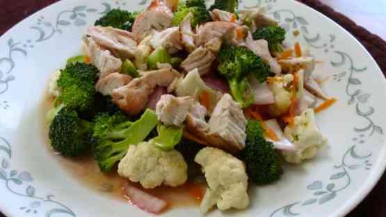Broccoli & Chicken Salad with Raspberry Vinaigrette Dressing