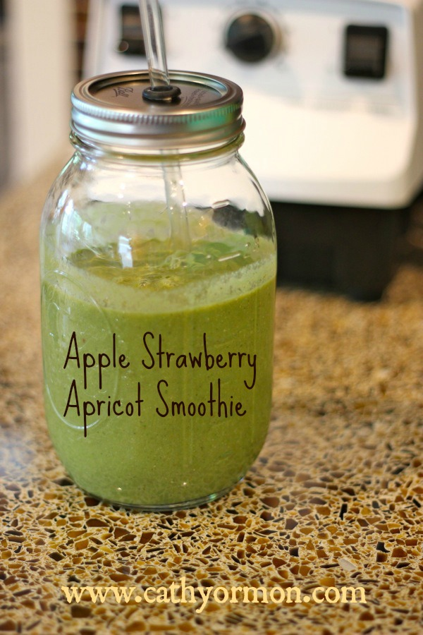 Apple Strawberry Apricot Smoothie