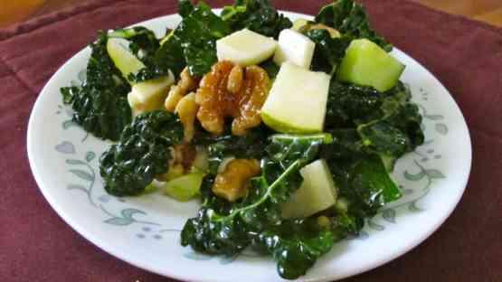 Kale, Pear & Walnut Salad with Mustard Vinaigrette Dressing