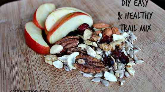 DIY Easy & Healthy Trail Mix